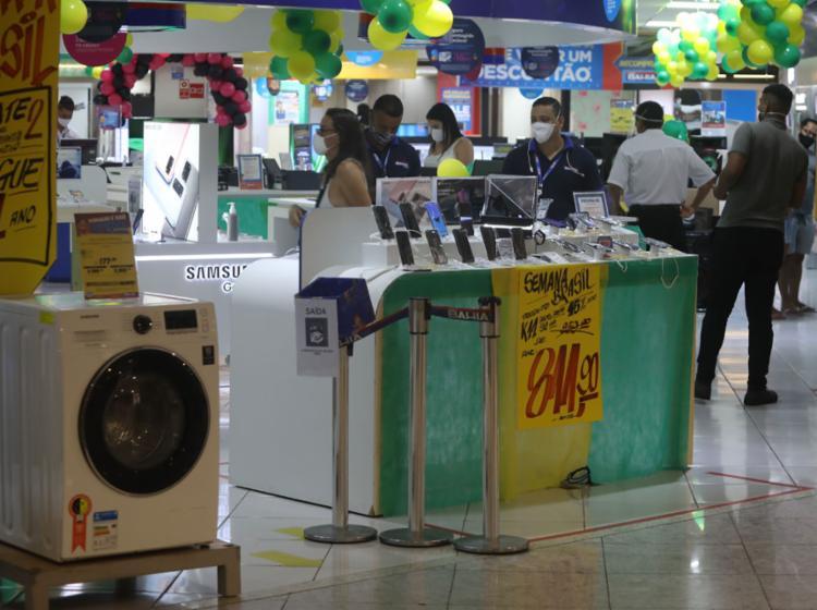 O comércio varejista, por exemplo, registrou um crescimento recorde de 25% | Foto: Felipe Iruatã | Ag A TARDE | 7.9.2020 - Foto: Felipe Iruatã | Ag A TARDE | 7.9.2020