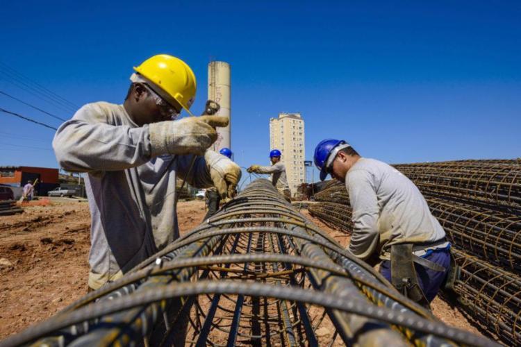 Segundo o IIBGE, o Índice Nacional da Construção Civil (Sinapi) subiu 1,71% em outubro e ficou 0,27 ponto percentual acima da taxa de setembro - Foto: Divulgação