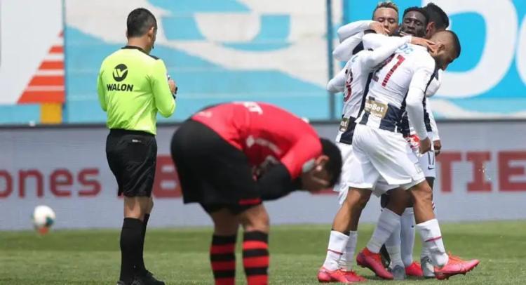 Time peruano vem de goleada para duelo em Salvador   Foto: Divulgação   FPF - Foto: Divulgação   FPF