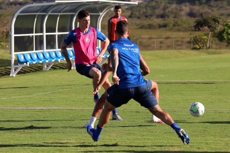 Sem os titulares, Mano Menezes realizou um treino tático em campo reduzido | Foto: Felipe Oliveira | EC Bahia - Foto: Felipe Oliveira | EC Bahia