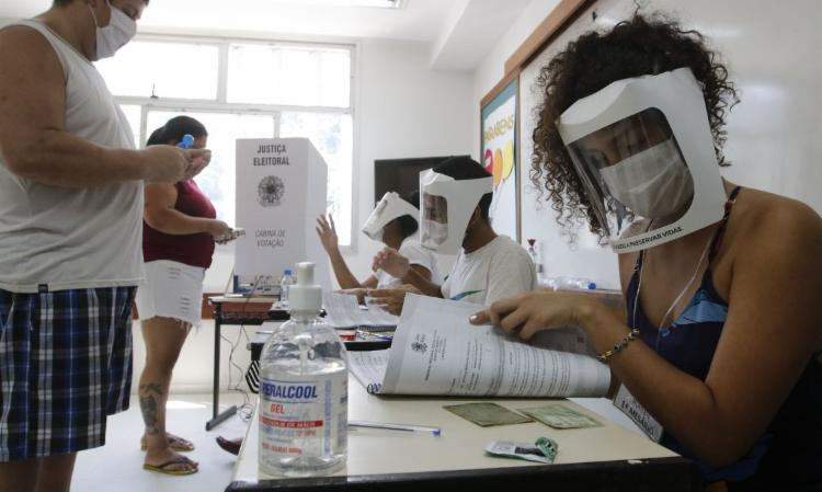 Haverá segundo turno neste domingo em 39 cidades e 18 capitais do país | Foto: Fernando Frazão | Agência Brasil - Foto: Fernando Frazão | Agência Brasil