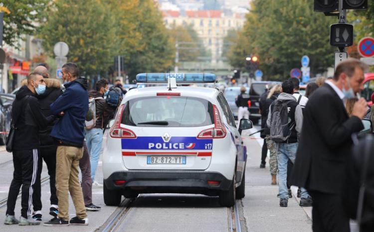 Ataque deixou três pessoas mortas, incluindo uma baiana   Foto: Valery Hache   AFP - Foto: Valery Hache   AFP