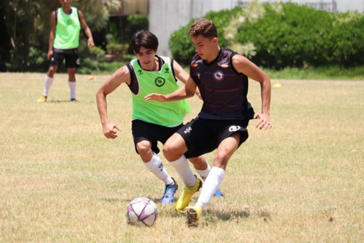 Com apenas 14 anos, Paulinho (dir) já integra o time sub-17 do Leão do Sisal | Foto: Arquivo Pessoal | Vitor Souto - Foto: Arquivo Pessoal | Vitor Souto