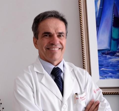 Juarez Andrade é coordenador do Serviço de Urologia do Hospital da Bahia