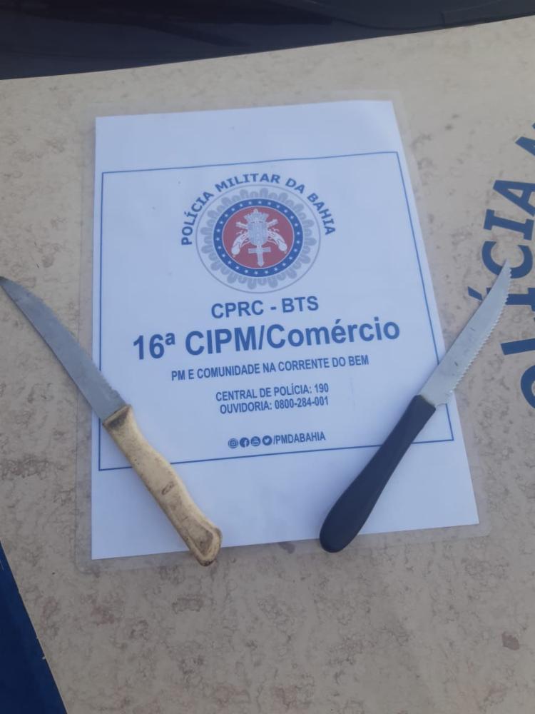 Suspeitas utilizaram facas para realizar crime | Foto: Divulgação | SSP - Foto: Divulgação | SSP