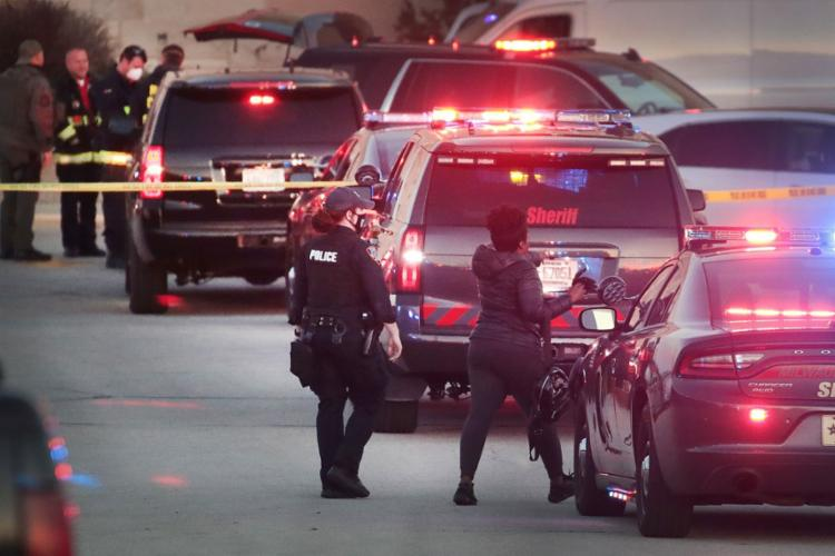 Tiroteio ocorreu dentro do centro comercial Mayfair Mall, na cidade de Wauwatosa | Foto: Scoot Olson | AFP - Foto: Scoot Olson | AFP