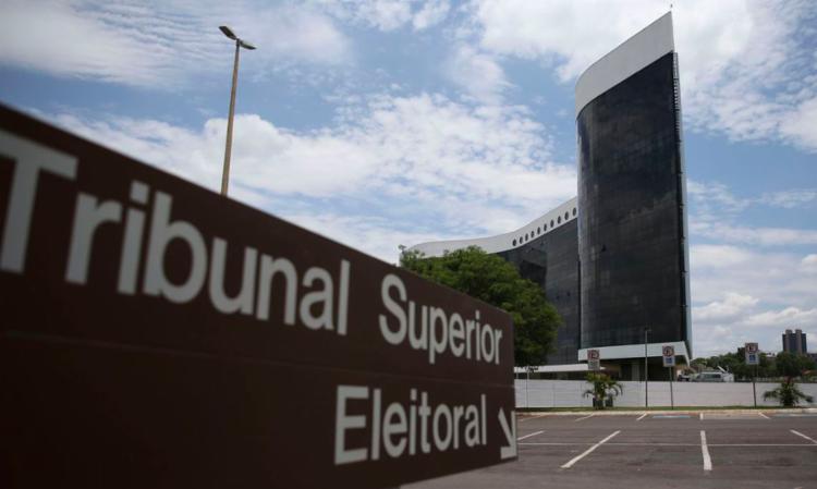 De acordo com presidente do TSE, atraso na totalização dos resultados foi por conta de falha técnica nos computadores do órgão - Foto: José Cruz / Agência Brasil