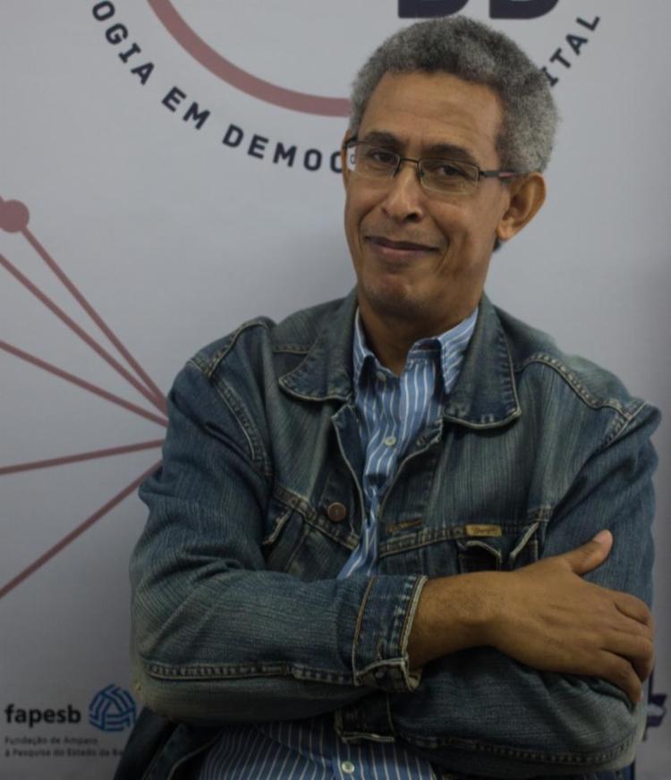 Livro quer ser uma contribuição para ajudar a entender o cenário político | Foto: Heitor Oliveira | Divulgação - Foto: Divulgação