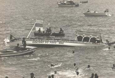 Em 1972, por um triz, a imagem de Bom Jesus dos Navegantes foi salva de cair no mar   Cedoc   A TARDE