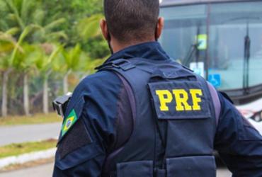 Homem é preso suspeito de assaltar ônibus na BR 324