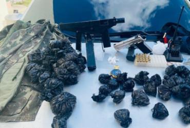 Metralhadora e pistola são apreendidas em Mata de São João