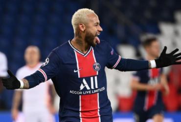 Com gols de Neymar e Marquinhos, PSG vence United e segue vivo na Champions   Franck Fife   AFP