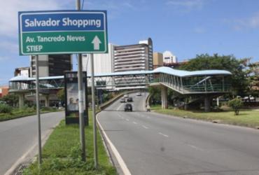 Tráfego é alterado na região da avenida Tancredo Neves | Divulgação
