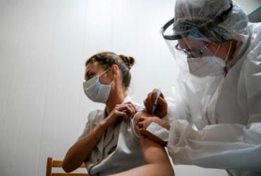 Cem mil pessoas já foram vacinadas na Rússia contra a Covid-19 | Foto: Tatyana Makeyeva I Reuters