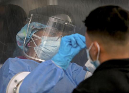 Mundo supera 1,5 milhão de mortes por Covid-19 desde o início da pandemia | STR | AFP