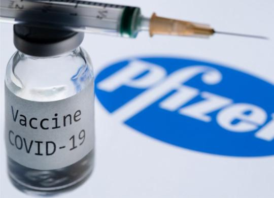 Governo Rui vai comprar freezers para armazenar vacina da Pfizer ou Moderna   Joel Saget   AFP