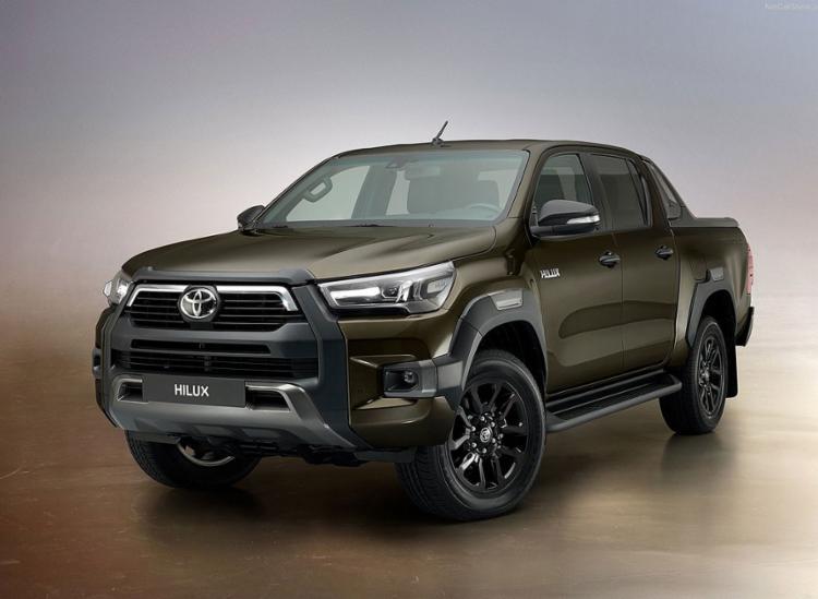 Nova Toyota Hilux na guerra de picapes