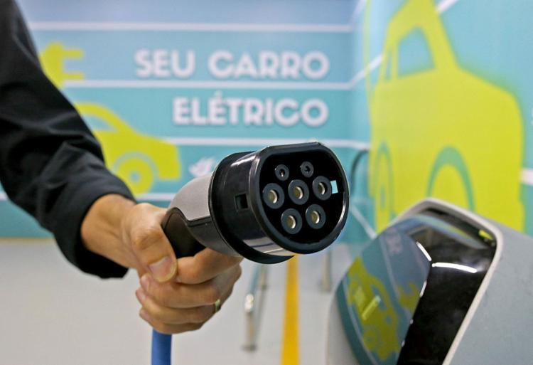 Salvador tem novos postos de recarga de elétricos
