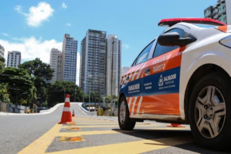 Acidente ocorreu na Avenida Paralela, segundo a Transalvador   Foto: Divulgação - Foto: Divulgação
