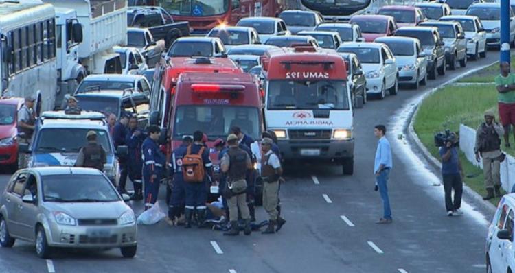 De acordo com a projeção da Transalvador, 2020 deve terminar com o registro de 3.102 feridos em acidentes de trânsito | Foto: Reprodução | TV Bahia - Foto: Reprodução | TV Bahia