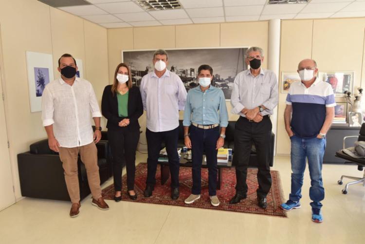 Prefeito de Salvador recebeu visita dos prefeitos eleitos de Vitória da Conquista e Feira de Santana - Foto: Divulgação