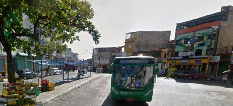 Crime aconteceu na madrugada desta sexta-feira   Foto: Reprodução   Google Street View - Foto: Reprodução   Google Street View