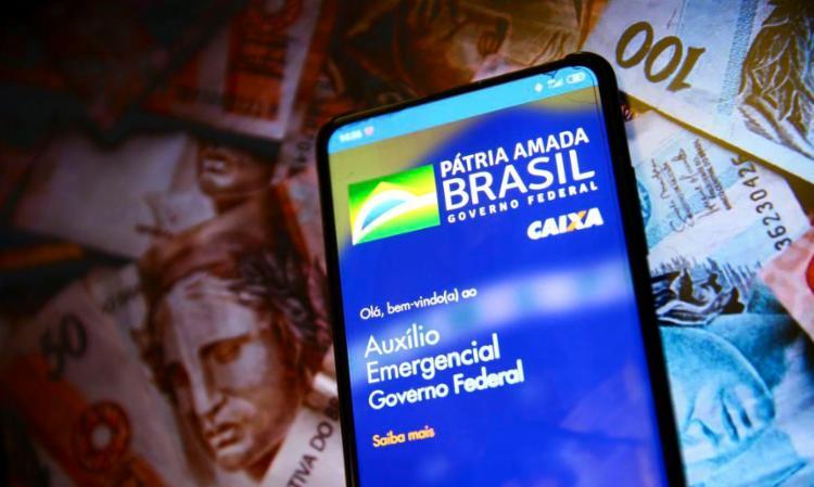 Relatório também rastreou 74,5 mil beneficiários mortos, que receberam R$ 139,6 milhões do auxílio naquele período da pandemia | Foto: Divulgação | Caixa - Foto: Divulgação | Caixa