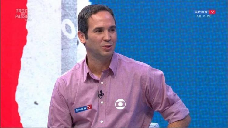 Caio Ribeiro, comentarista da Globo, relativizou riscos envolvidos em aglomerações na pandemia de Covid-19 | Foto: Reprodução - Foto: Reprodução