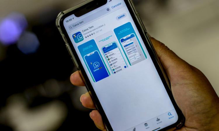 Benefício do PIS será depositado na conta poupança social digital pelo app Caixa Tem - Foto: Marcello Casal Jr | Agência Brasil