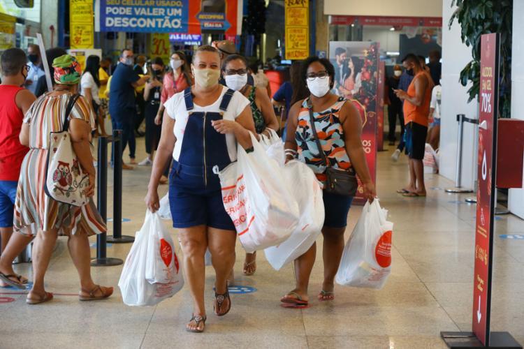 As vendas do comércio varejista da Bahia tentam recuperação em meio à pandemia   Foto: Rafael Martins   Ag: A TARDE   27.11.2020 - Foto: Rafael Martins   Ag: A TARDE   27.11.2020