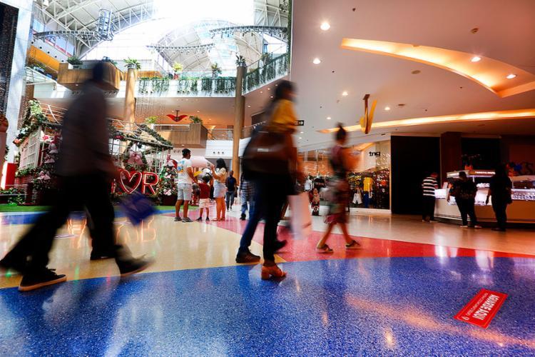 Brasileiro que puder merece destinar às compras a maior parte do décimo terceiro | Foto: Olga Leiria | Ag. A TARDE | 19.11.2020 - Foto: Olga Leiria | Ag. A TARDE | 19.11.2020