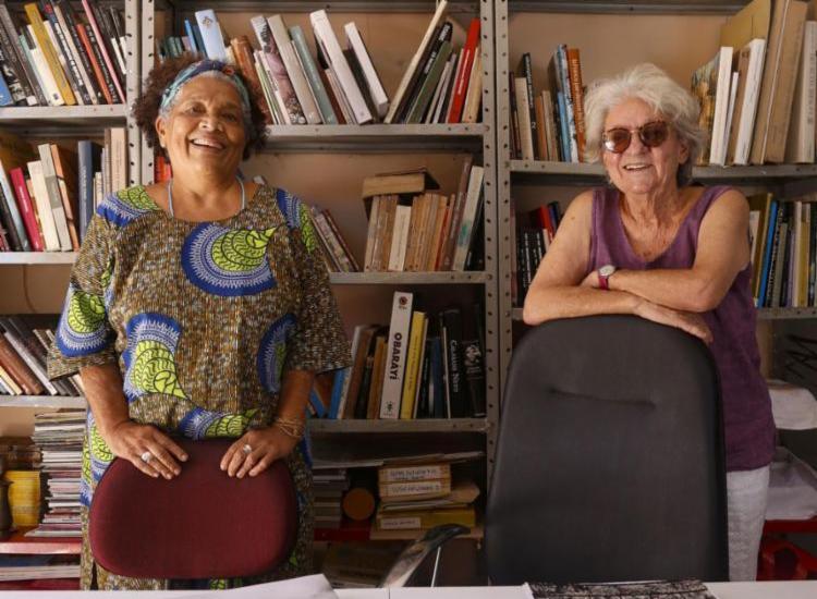 Rina Angulo e Arlete Soares mantiveram a editora Corrupio por 41 anos | Foto: Olga Leiria | Ag. A TARDE