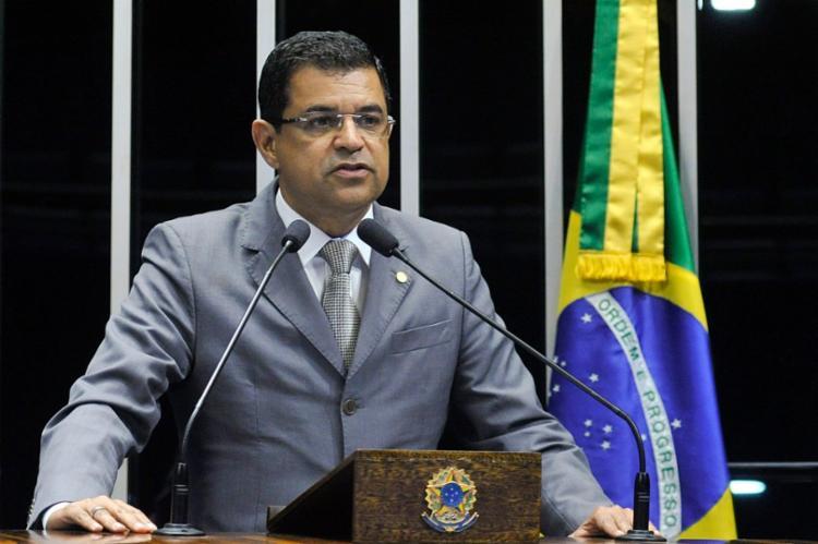 Davidson Magalhães, criticou a estratégia de pulverização das campanhas do campo governista no pleito que acabou sendo vencido por Bruno Reis (DEM) - Foto: Foto: Geraldo Magela/Agência Senado
