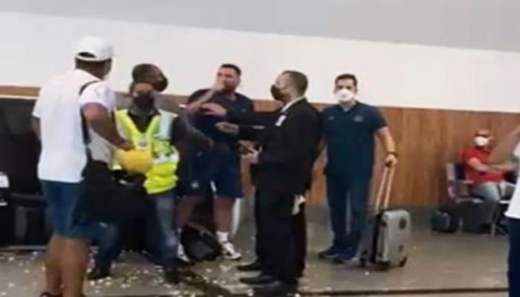O camisa 9, artilheiro do time, perdeu um pênalti na derrota do Bahia para o Defensa y Justicia   Foto: Reprodução - Foto: Reprodução