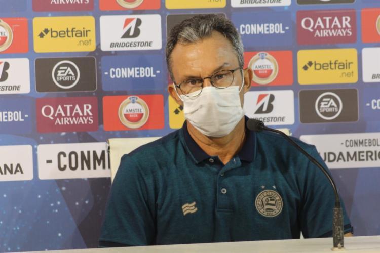Treinador comemorou a classificação em meio a problemas   Foto: Divulgação   E.C.Bahia - Foto: Divulgação   E.C.Bahia
