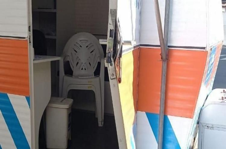 Ar condicionado, mesas e cadeiras foram levados do local   Foto: Divulgação - Foto: Divulgação