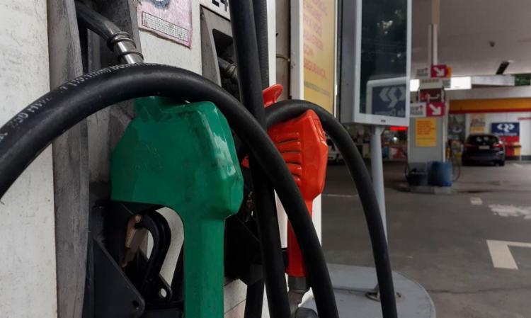 Item que mais puxou a inflação para cima foi a gasolina (4,26%) | Foto: Fernando Frazão | Agência Brasil - Foto: Fernando Frazão | Agência Brasil