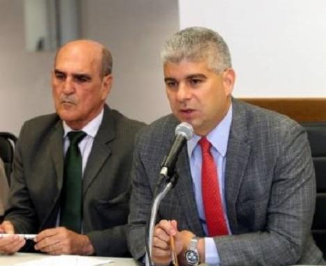 Ary Pereira e o secretário afastado Maurício Barbosa   Foto: Divulgação