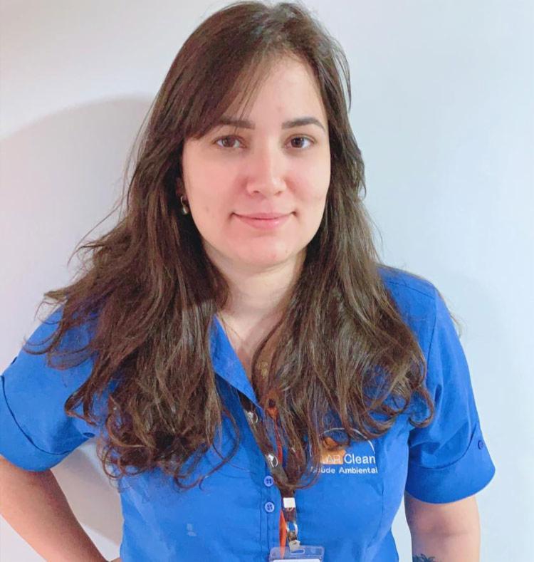 Bióloga Natalie Amorim explica fêmeas dos mosquitos invadem casas atrás de sangue para maturação dos ovos