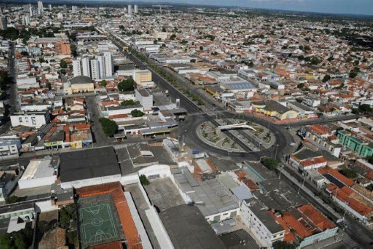 Estabelecimentos devem encerrar as atividades às 21h I Foto: Divulgação - Foto: Divulgação
