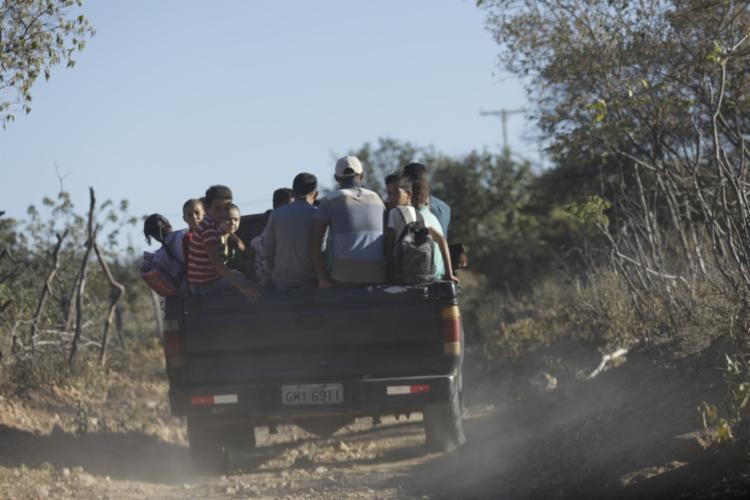 O trabalho abordou a precariedade do transporte escolar enfrentada por crianças do município de Pilão Arcado   Foto: Adilton Venegeroles   Ag. A TARDE - Foto: Adilton Venegeroles   Ag. A TARDE