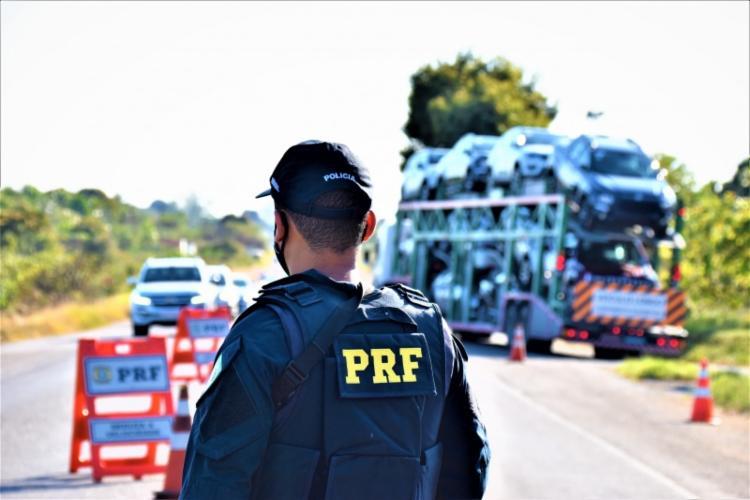 PRF na Bahia recuperou cinco veículos com registro de roubo ou furto durante feriadão   Foto: Divulgação   PRF - Foto: Divulgação   PRF