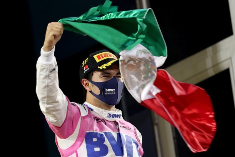 O chefe da Red Bull, Christian Horner, considerou o mexicano o parceiro ideal para Verstappen para a próxima temporada | Foto: Kamram Jebreili | AFP - Foto: Kamram Jebreili | AFP