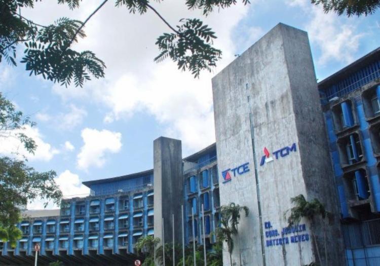 Parecer emitido pelo tribunal será encaminhado para a Assembleia Legislativa | Foto: TCE-BA | Divulgação - Foto: TCE-BA | Divulgação