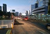 Tráfego de veículos é liberado na avenida Magalhães Neto | Foto: Divulgação | Transalvador