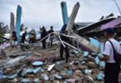 Chuva torrencial dificulta buscas por sobreviventes após terremoto na Indonésia | Foto: Mamuju Firdaus | AFP