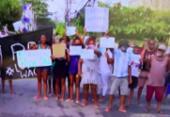 Protesto contra morte de jovem fecha Estrada do Curralinho, na Boca do Rio | Foto: Reprodução | TV Bahia