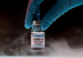 Municípios recebem doação de refrigeradores para vacina | Freepik