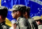 Bolsonaro: 'Forças Armadas estão com a democracia'   Reprodução