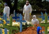 País tem 2º dia seguido com média superior a mil mortes | Marcio James | AFP